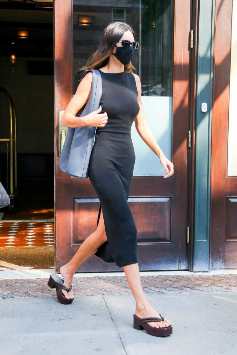 Kendall Jenner Looks Stylish in Black Dress as She is Out in New York 09/13/2021 4