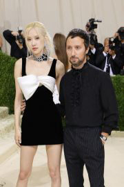 Rose with Anthony Vaccarello at 2021 Met Gala in New York 09/13/2021 4