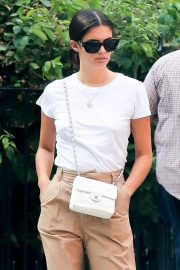 Sara Sampaio in Khaki and White Outfit Day Out in New York 09/13/2021 4