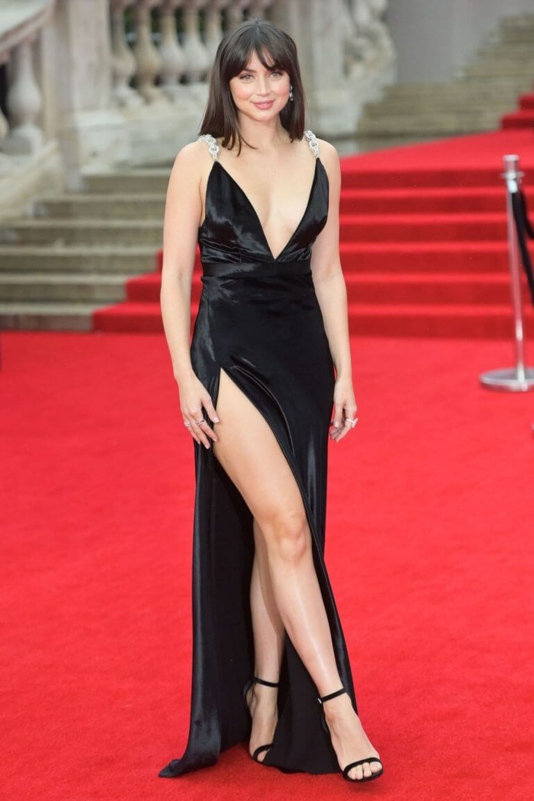 Ana de Armas Attends No Time to Die World Premiere at Royal Albert Hall in London 09/28/2021 12