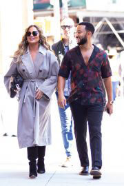 Chrissy Teigen and John Legend Day Out in New York 09/27/2021 5