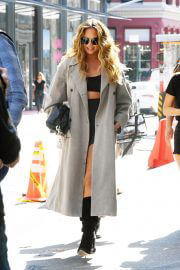 Chrissy Teigen Day Out in New York 09/27/2021 4