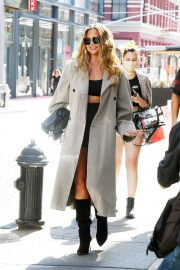 Chrissy Teigen Day Out in New York 09/27/2021 6